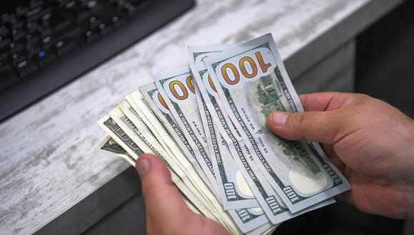 El dólar se vendía en S/ 3.615 en el mercado paralelo este jueves. (Foto: AFP)
