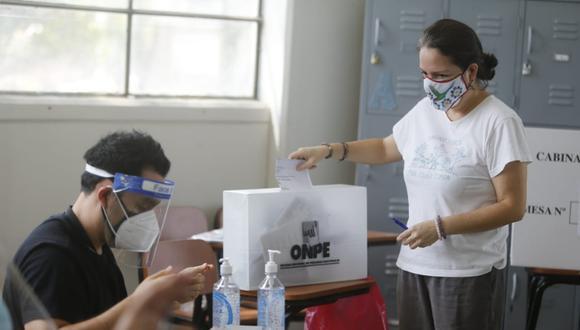 Personas solo podrán votar hasta las 7 p.m. Horario no se extenderá, informó la ONPE. Fotos: Mario Zapata Nieto/@photo.gec
