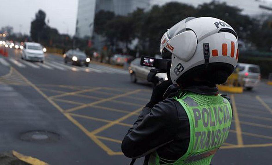 Opecu pidió revisar las cámaras fotográficas para evitar denuncias sobre la aplicación incorrecta de fotopapeletas tal como sucedió en el 2013. (Foto: GEC)<br>