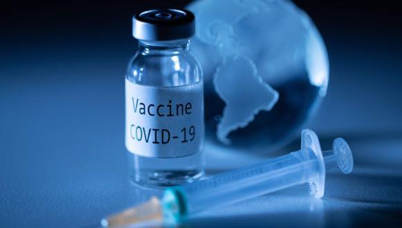 COVAXX estima que puede producir 100 millones de dosis en el primer semestre del próximo año y hasta 1,000 millones de dosis para fines del 2021. (Photo by JOEL SAGET / AFP)