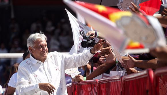 El candidato del Movimiento Regeneración Nacional (Morena), Andrés Manuel López Obrador, durante un acto de campaña. (Foto: EFE)
