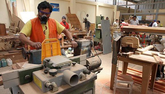 El gobierno buscar impulsar el desarrollo productivo de lamicro, pequeña y mediana empresa con el Fondo Crecer. (Foto: GEC)
