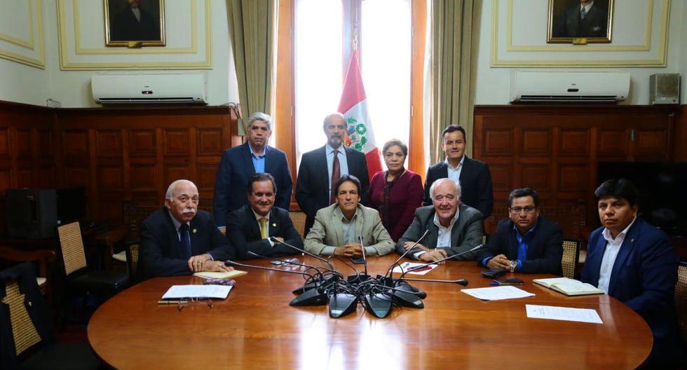 Representantes de cinco bancadas parlamentarias se dieron cita en la Junta de Portavoces realizada esta tarde. (Foto: Difusión)