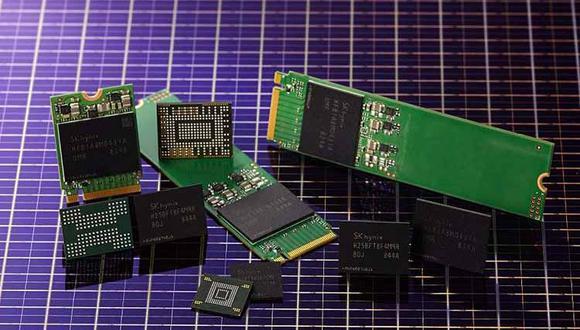 SK Hynix, número dos mundial en el sector de la memoria digital DRAM, estaba relegado a la cuarta posición, según la agencia de prensa Yonhap, en la categoría de tarjetas de memoria NAND. (Foto: Difusión)