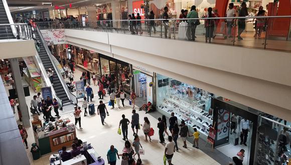 Gasto. Habría mayor inclinación a destinar el dinero extra de las utilidades al consumo, dijeron expertos. (Foto: GEC)