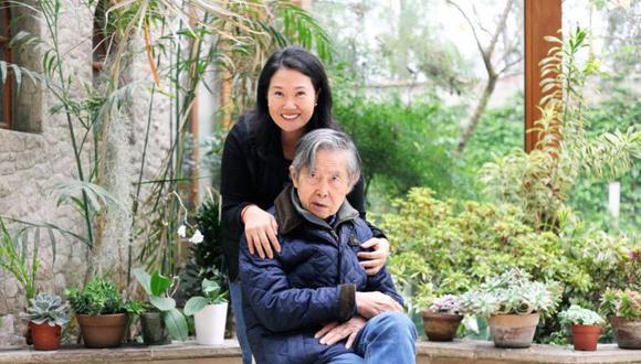 Alberto Fujimori respaldó a Keiko Fujimori y Fuerza Popular ante el pedido de que suspendan sus actividades políticas. (Foto: Twitter)