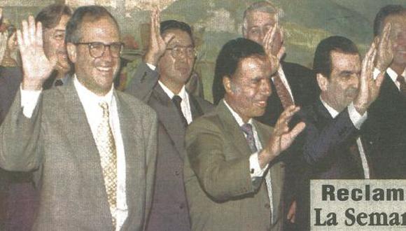Los presidente Luis Lacalle, Uruguay; Ernesto Samper, Colombia; Alberto Fujimori, Perú; Carlos Menem, Argentina; y Eduardo Frei, Chile, posan para la foto al término de la VIII Reunión del Grupo de Río. (Foto Reuter)