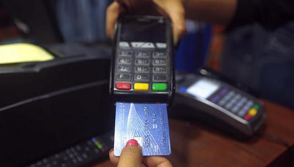 Los pagos realizados con tarjetas de crédito totalizaron S/4,124 millones entre enero y mayo de este año. (Foto: USI)<br>