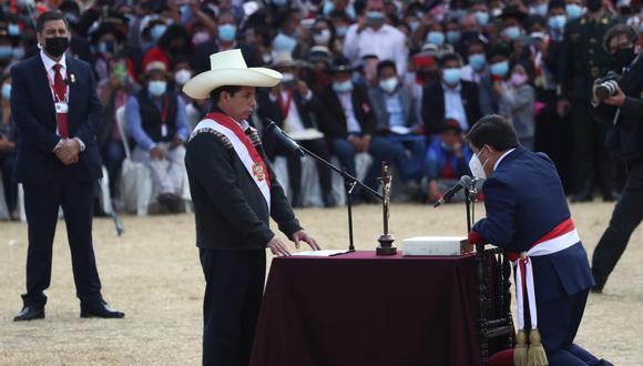 Pedro Castillo juramentó a Guido Bellido. (Alessandro Currarino / @photo.gec)
