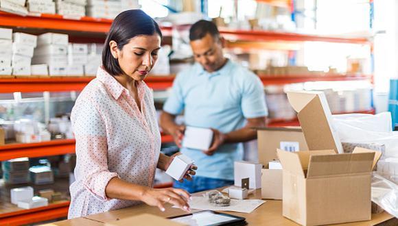 El éxito de una empresa familiar depende de la buena relación entre los miembros de la familia accionaria y la buena planificación y gestión del negocio. (Foto: Getty Images)