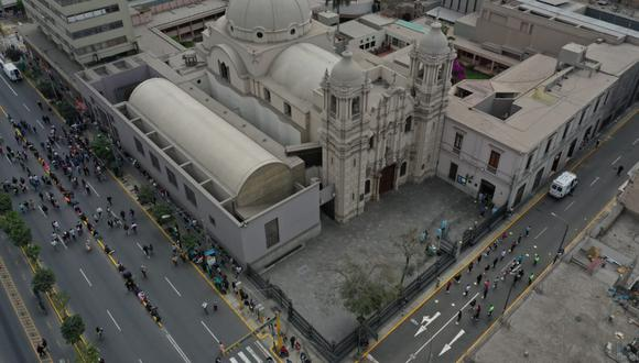 Presidente Martín Vizcarra anunció que parroquias volverán a operar a partir de noviembre en forma gradual. (Fotos Giancarlo Avila | GEC)