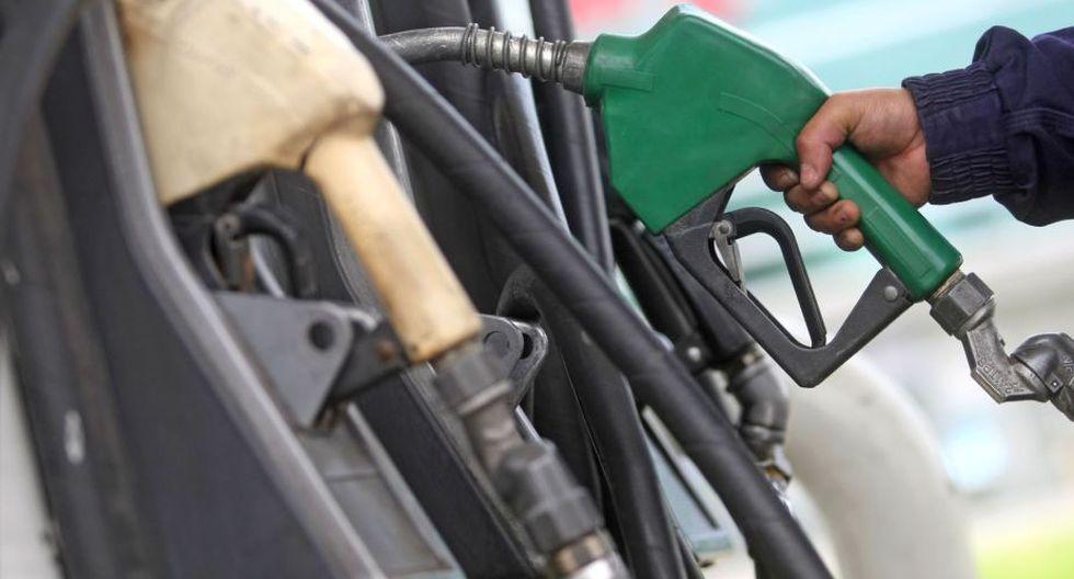 La AIE prevé una demanda global de 106.4 millones de barriles de petróleo diarios hasta el 2040, frente a 96.9 millones del año pasado.(Foto: Andina)