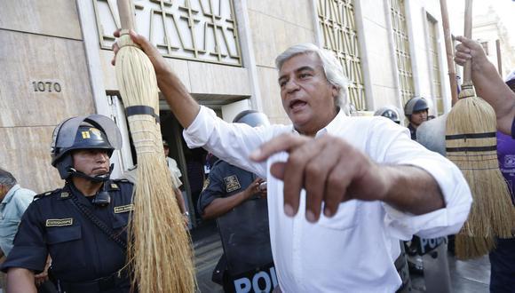 Fernando Olivera no podrá participar del próximo proceso electoral luego que el JNE declarara improcedente la solicitud de su inscripción. (Foto: GEC)