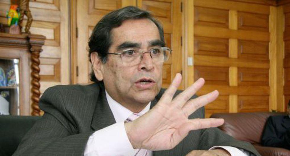LIMA 27 DE NOVIEMBRE DEL 2009Entrevista a Oscar Ugarte, Ministro de la Salud