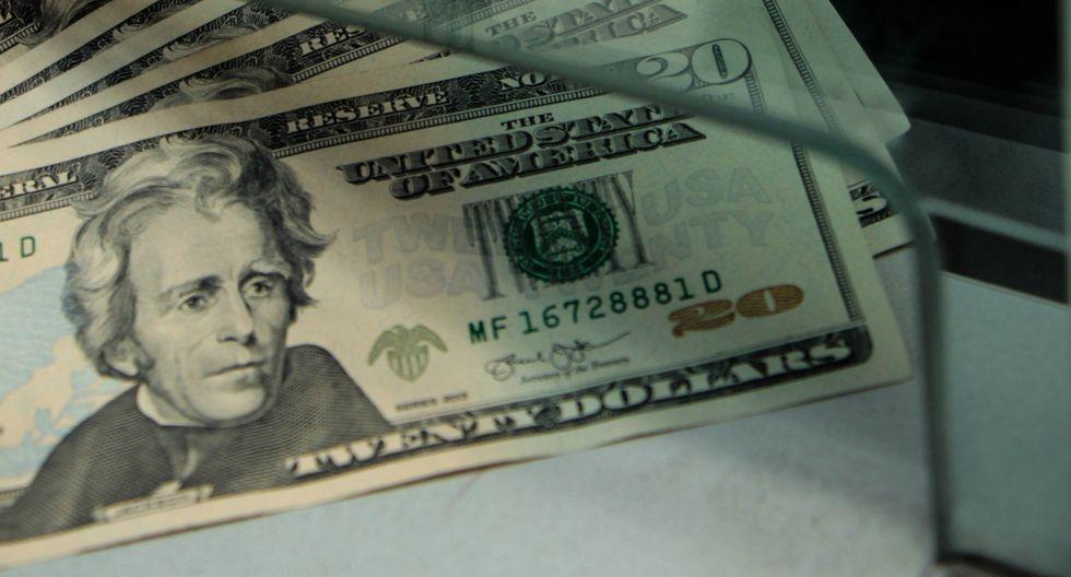 El dólar cerró al alza el lunes. (Foto: GEC)