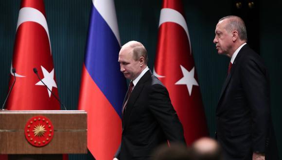 El presidente de Rusia, Vladimir Putin, y su homólogo de Turquía, Recep Tayyip Erdogan. (Foto: EFE)