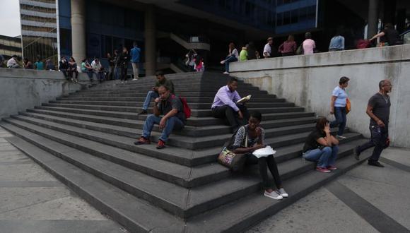 Caracas registra tercer apagón y resto de Venezuela suma casi 48 horas sin luz. (Foto: EFE)