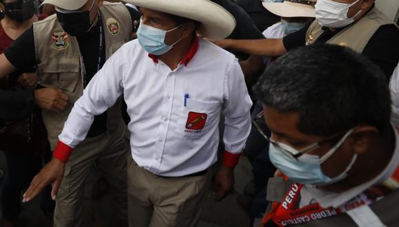 Pedro Castillo aseguró que hoy se reunirá con la personera legal de Perú Libre para hablar sobre los debates con Keiko Fujimori. (Foto: César Bueno / @photo.gec)