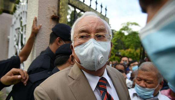 El ex primer ministro de Malasia Najib Razak fue condenado a 12 años de prisión tras ser hallado culpable de varios delitos de corrupción en el macroproceso relacionado con el desfalco millonario del fondo estatal 1Malasia Development Berhad (1MDB). (Foto: AFP)