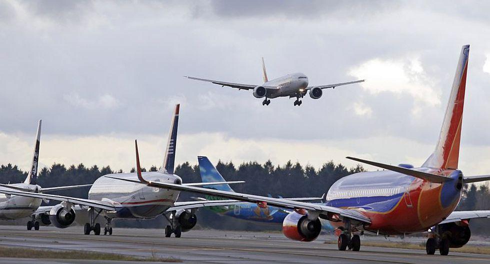 Aerolíneas de todo el mundo han dejado en tierra buena parte de sus flotas para preservar efectivo, en medio de las crecientes restricciones de viaje dispuestas por las autoridades para contener la propagación de la pandemia.