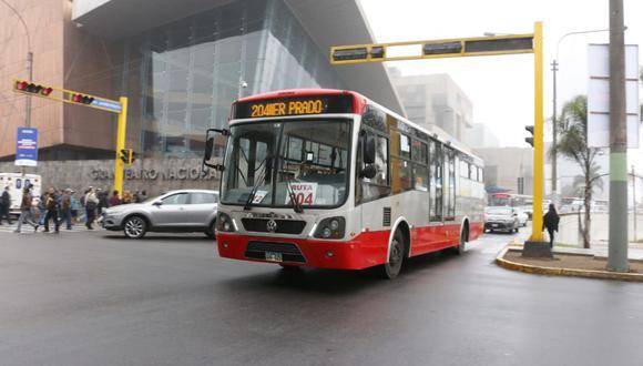 Buses del Corredor Rojo.