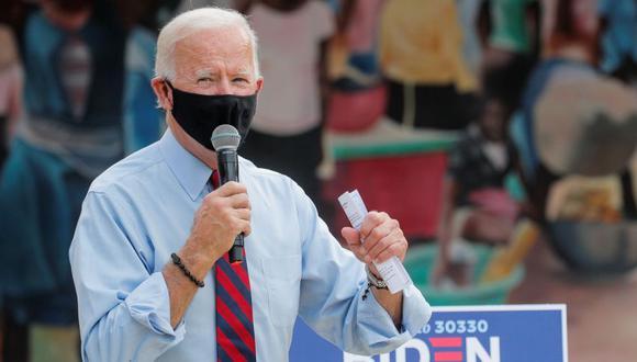 La suma demócrata incluye donaciones hechas a varios grupos y candidatos políticos, así como a la campaña presidencial del ex vicepresidente Joe Biden, quien parece llegar a las últimas semanas de la carrera con una ventaja financiera. REUTERS/Brendan McDermid