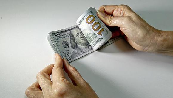 Hoy el tipo de cambio cotizaba a S/3.313 la compra y a S/3.314 la venta en el mercado paralelo. (Foto: GEC)
