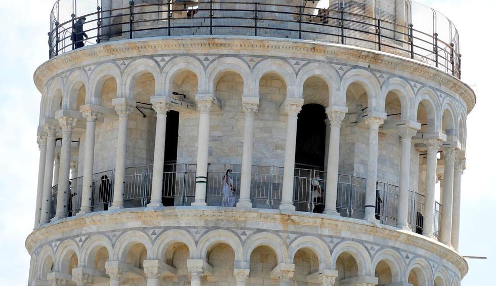La Torre de Pisa, el campanario más famoso del mundo debido a su inclinación, abrió después de casi tres meses de cierre por el coronavirus. (EFE/EPA/FABIO MUZZI).