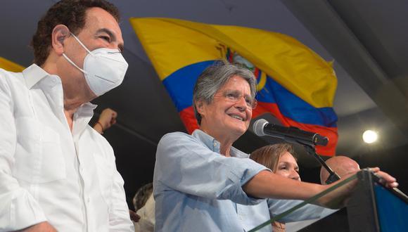 Guillermo Lasso es un conocido banquero y empresario ecuatoriano que participa en distintos conglomerados financieros. (Photo by Fernando Mendez / AFP)