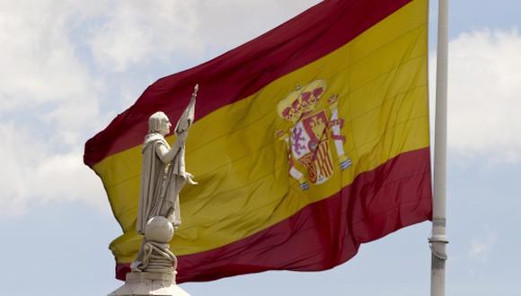 El borrador del Gobierno español proyecta un aumento del gasto público de 3.8%, que excede el aumento máximo recomendado de 0.9%, señaló la Comisión Europea.