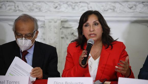 """Dina Boluarte acusó que hay una """"banda delincuencial"""" que busca promover un golpe de Estado. (Foto: Britanie Arroyo / @photo.gec)"""