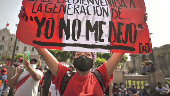 La protesta ciudadana convocó a miles de personas en torno a cuidar aquello que en el Perú suele ser endeble: la democracia y el bien común (Foto: EFE)
