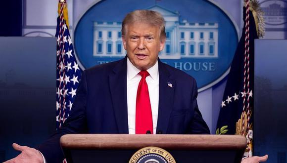 Referencial. Donald Trump estaba a punto de iniciar su charla, cuando un agente del servicio secreto se acercó a él para indicarle que debía retirarse del lugar. (EFE/EPA/MICHAEL REYNOLDS).