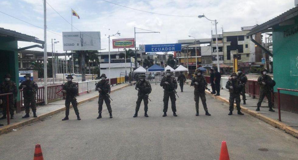Reconoció que en el lado peruano se han ubicado vehículos blindados de la fuerza pública de ese país, dotados con dispositivos de visión nocturna para impedir el paso ilegal de personas o vehículos.