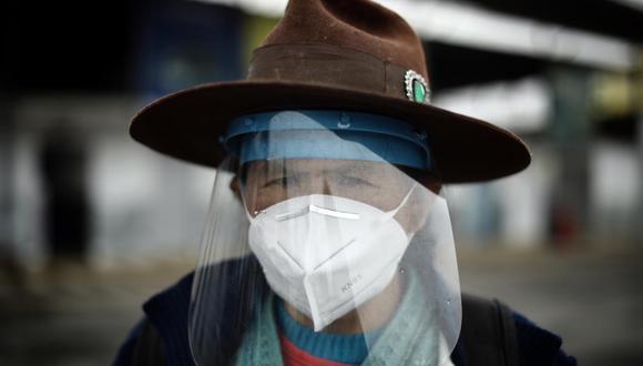 El protector facial es complementario a otros elementos de barrera. (Foto: Joel Alonzo/GEC)