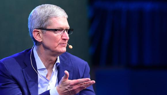FOTO 8   Tim Cook. El CEO de Apple espera que su compañía alcance pronto el billón de dólares en valorización. No obstante, las ventas del último iPhone X no han fluido tan rápido como lo esperado. (Foto: AFP)