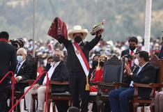 Imágenes de la juramentación de Pedro Castillo en la Pampa de la Quinua