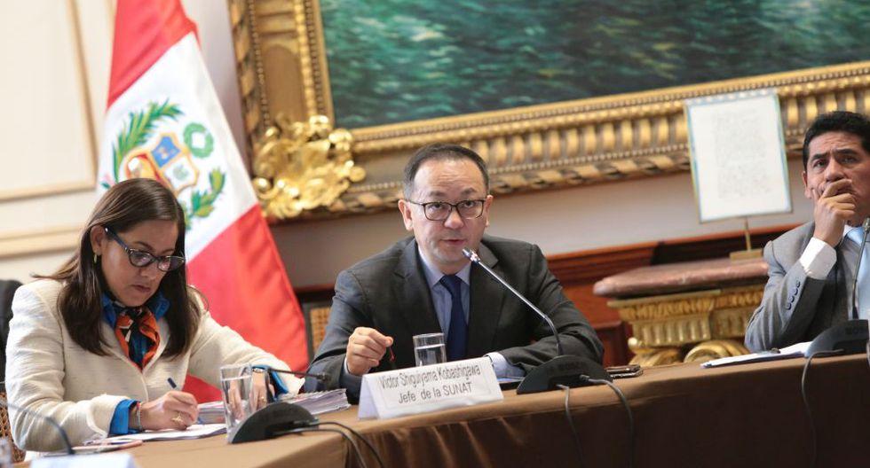 El jefe de la Sunat, Víctor Shiguiyama, se presentó ante la Comisión de Presupuesto del Congreso. (Foto: Diana Chávez)