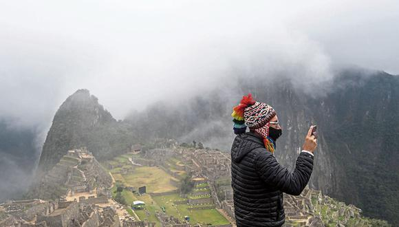 Turistas.  Alrededor de 50,000  que han llegado este año han comprado el boleto turístico del Cusco. (Foto: AFP)
