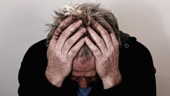 Los síntomas que alertan de una posible de ruptura de aneurisma son dolores de cabeza muy intensos, un párpado caído u ojo desviado, así como desorientación. (Foto: Pezibear en pixabay.com / Bajo licencia Creative Commons)