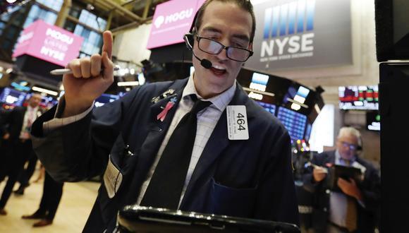 Al mercado acabó animándole la idea de que la FED sea más cauta y frene las subidas de las tasas de interés. (Foto: AP)