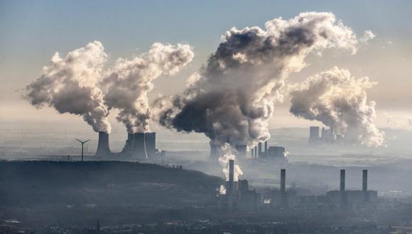 La ONU calcula que habría que reducir las emisiones de 7.6% anual entre el 2020 y 2030 para cumplir con el objetivo del Acuerdo de París de contener el calentamiento a +1.5º C y limitar las catástrofes climáticas. (Foto: Greenpeace)