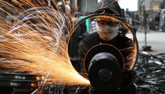 Las empresas siderúrgicas latinoamericanas calculan que esta devolución de impuestos de la que se benefician las compañías chinas les da a estas últimas una ventaja de entre US$ 10 y US$ 15 por tonelada en las exportaciones.