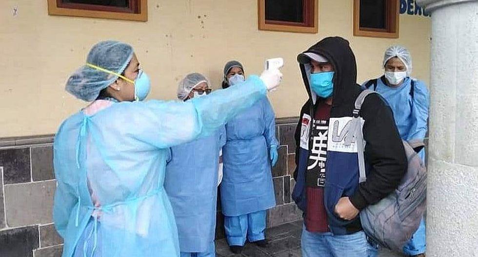 Muchos médicos y enfermeros se han contagiado del nuevo coronavirus durante el desempeño de sus funciones.