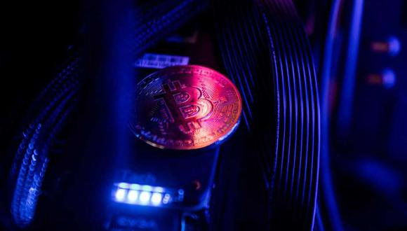 Las reducciones a la mitad de bitcoin, que ralentizan la velocidad a la que se crean nuevos tokens, ocurren una vez cada cuatro años más o menos. (Bloomberg)