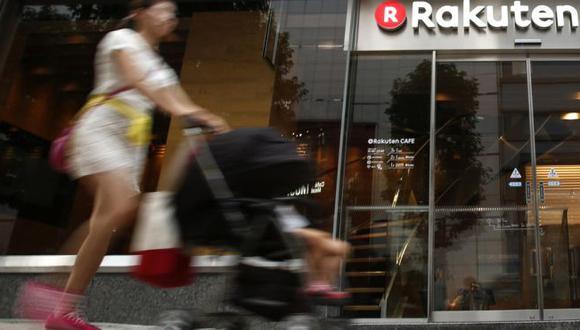 En Japón, SoftBank y Rakuten se abren paso en territorio del otro, y sus inversiones en el extranjero, en Uber y Lyft, respectivamente, los colocan como rivales.