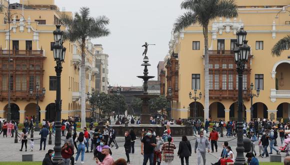 Todas las provincias del Perú ahora se encuentran en nivel sanitario moderado, por lo que el toque de queda inicia a la 1 de la madrugada. (FOTO: @photos.gec)
