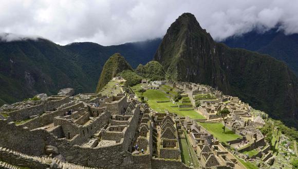 El 80% de los comercios alrededor del emblemático sitio inca de Machu Picchu cerraron sus puertas. El turismo local no logró reavivar la economía ni compensar la ausencia de los extranjeros, que gastan más. (Foto: AFP)