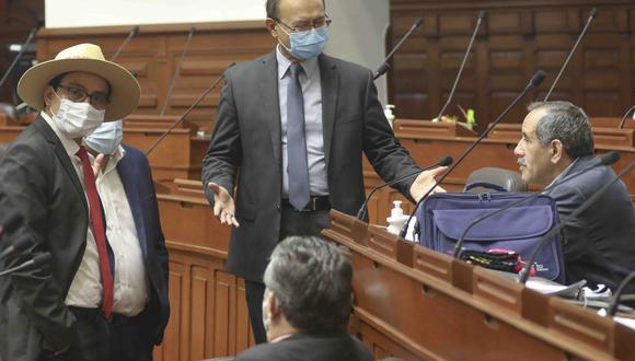 Otto Guibovich, vocero de Acción Popular, dijo que no se adelantará a dar la posición de su bancada. (Foto: Congreso)