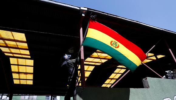 A Bolivia ingresan ilegalmente electrodomésticos, automóviles, alimentos, bebidas con y sin alcohol. El país tiene una amplia frontera de casi 7,000 kilómetros con cinco naciones. (REUTERS/Carlos Garcia Rawlins).
